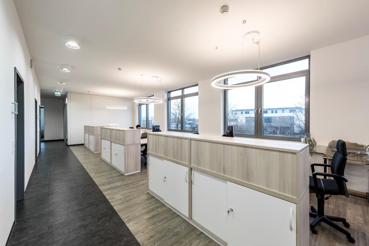 referenzprojekt b ros zustand nach dem umbau raum in form innenarchitektur architektur. Black Bedroom Furniture Sets. Home Design Ideas
