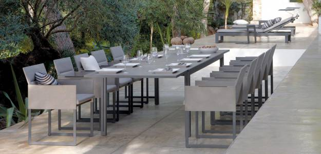 Contemporary table / metal / extending / garden